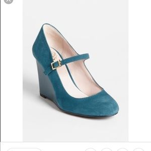 Vince Camuto Suede Wedges Size 9